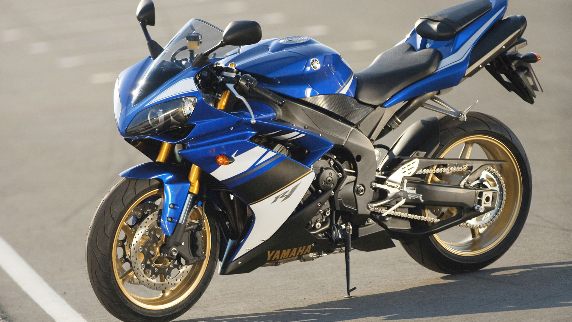 yamaha r1 blue bike - photo #5