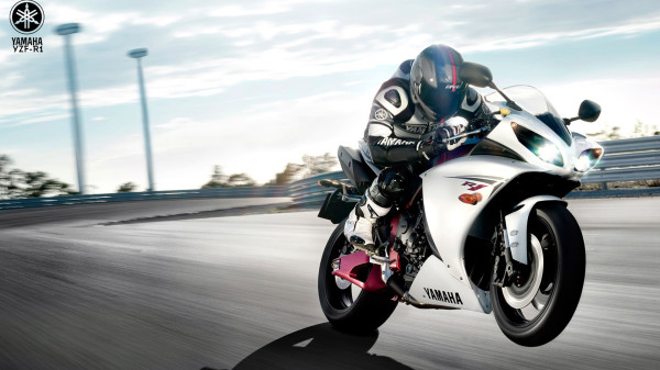 Yamaha YZF-R1 HD Wallpapers